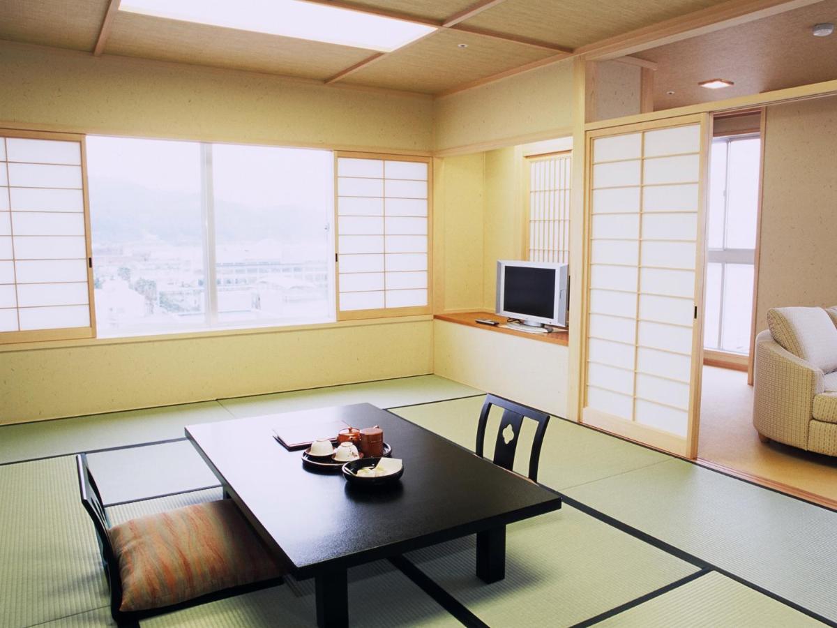 記念日におすすめのレストラン・淡路島洲本温泉 海月館の写真3