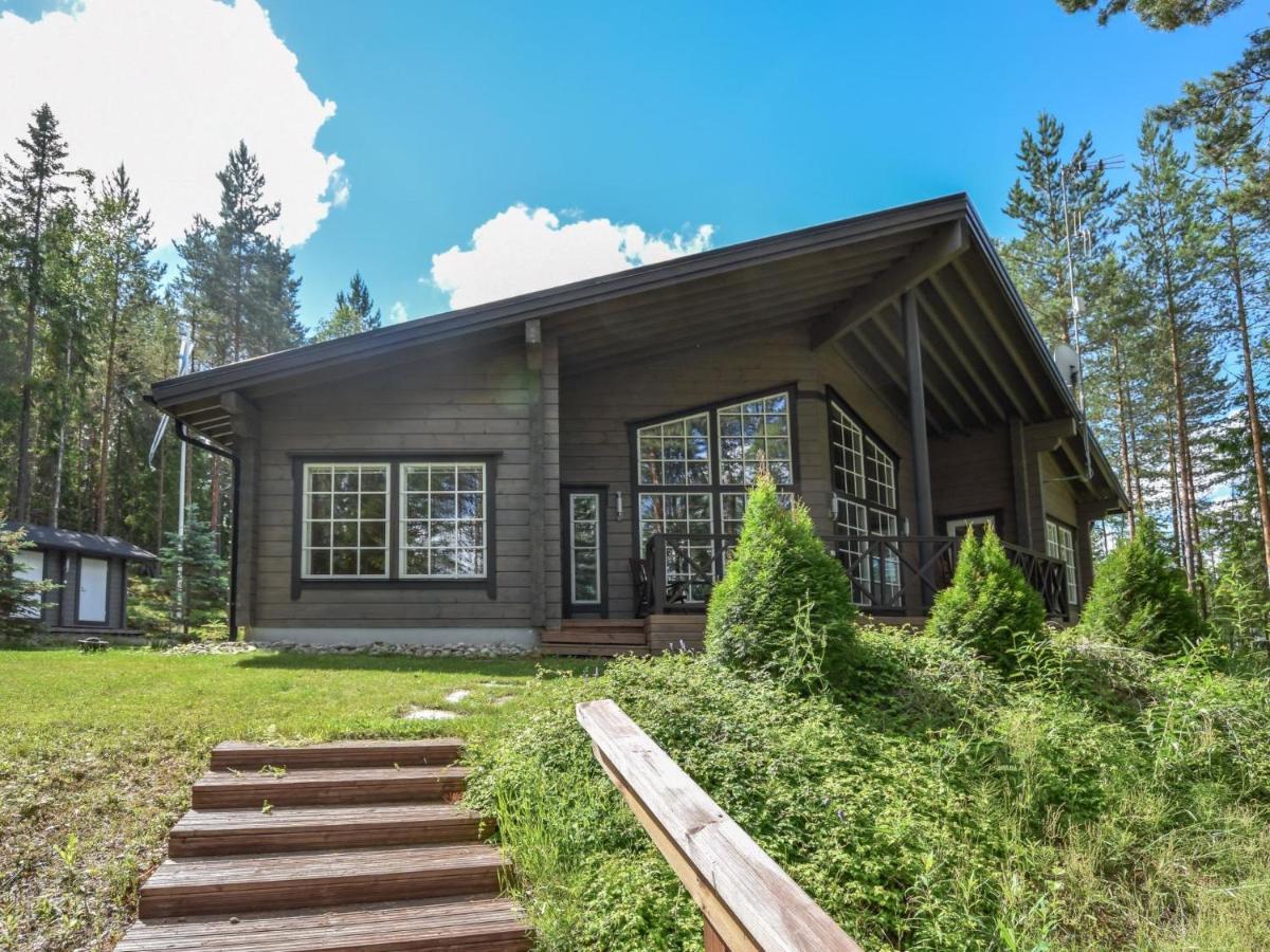 Дом для отпуска  Holiday Home Lehmus
