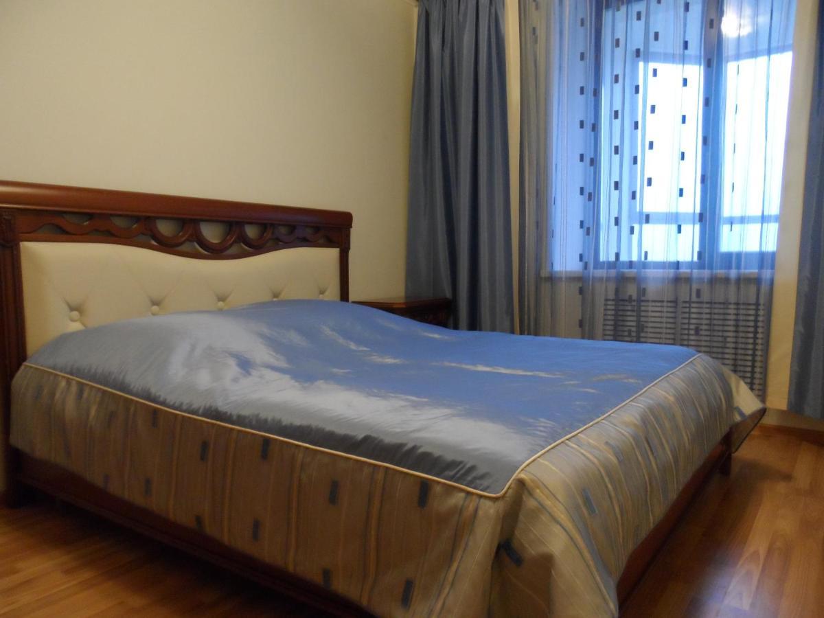 Апартаменты/квартира  Квартира на Белинского-Декабристов, Атриум-Палас, Панорама