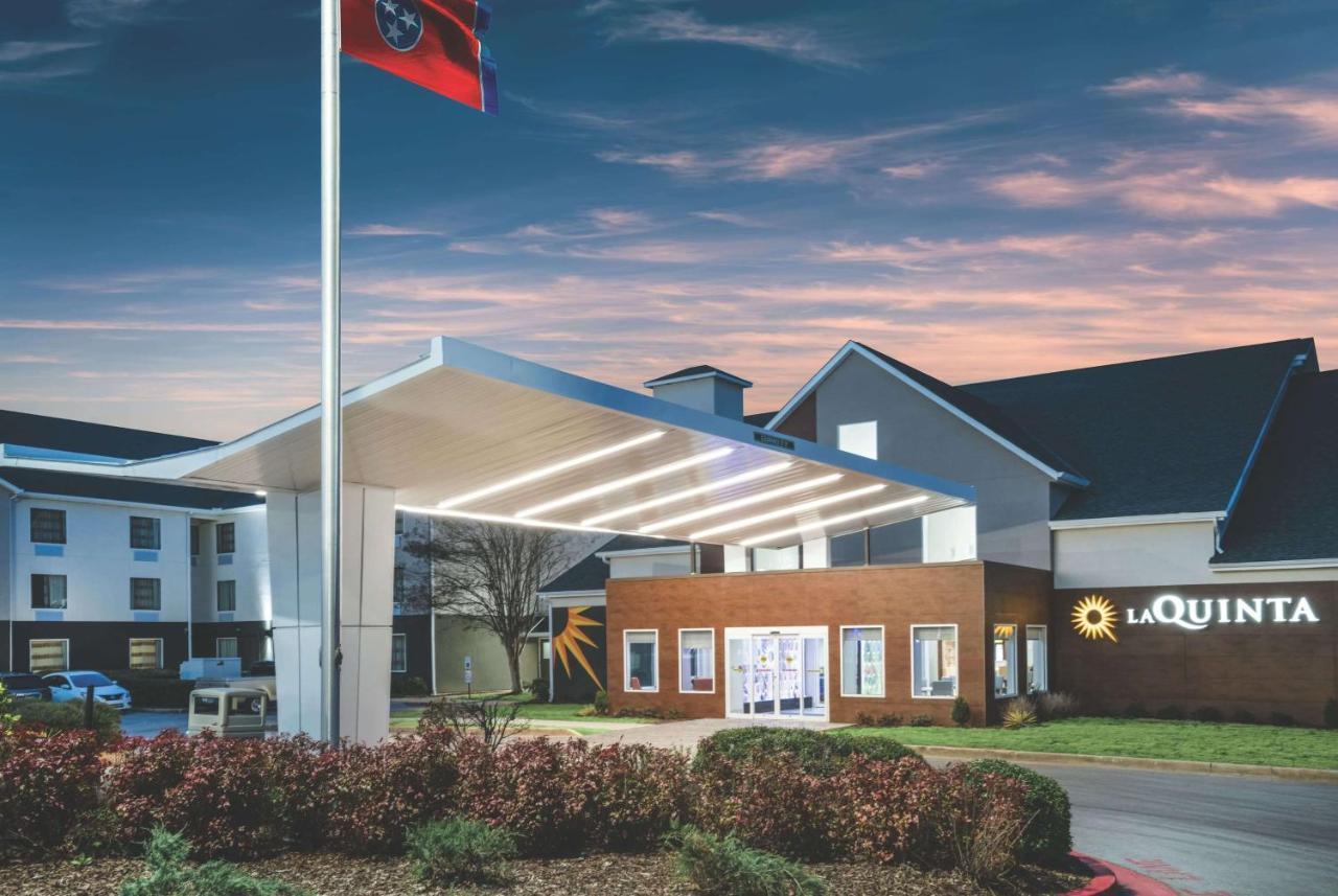 Отель  Отель  La Quinta By Wyndham Chattanooga-Hamilton Place