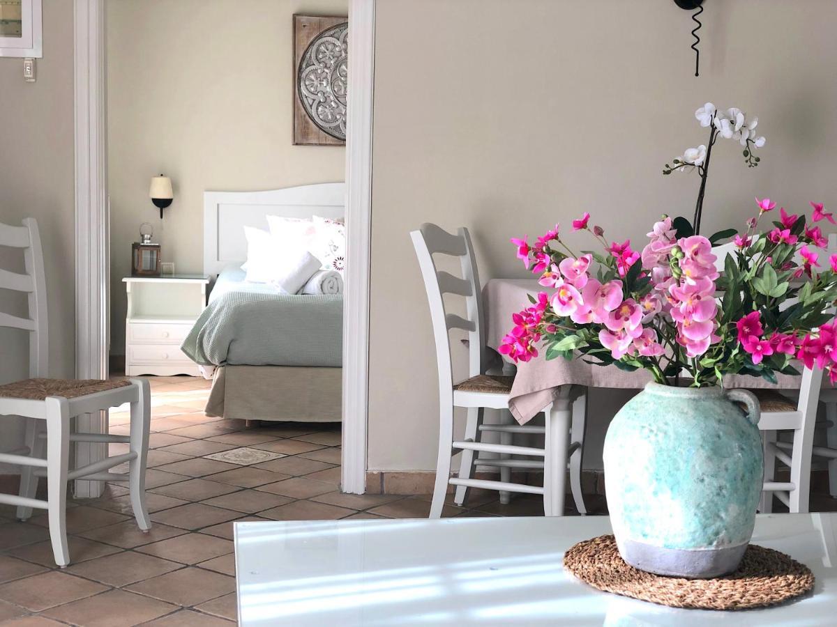 Апартаменты/квартиры  Agios Gordios Sebastian's Hotel