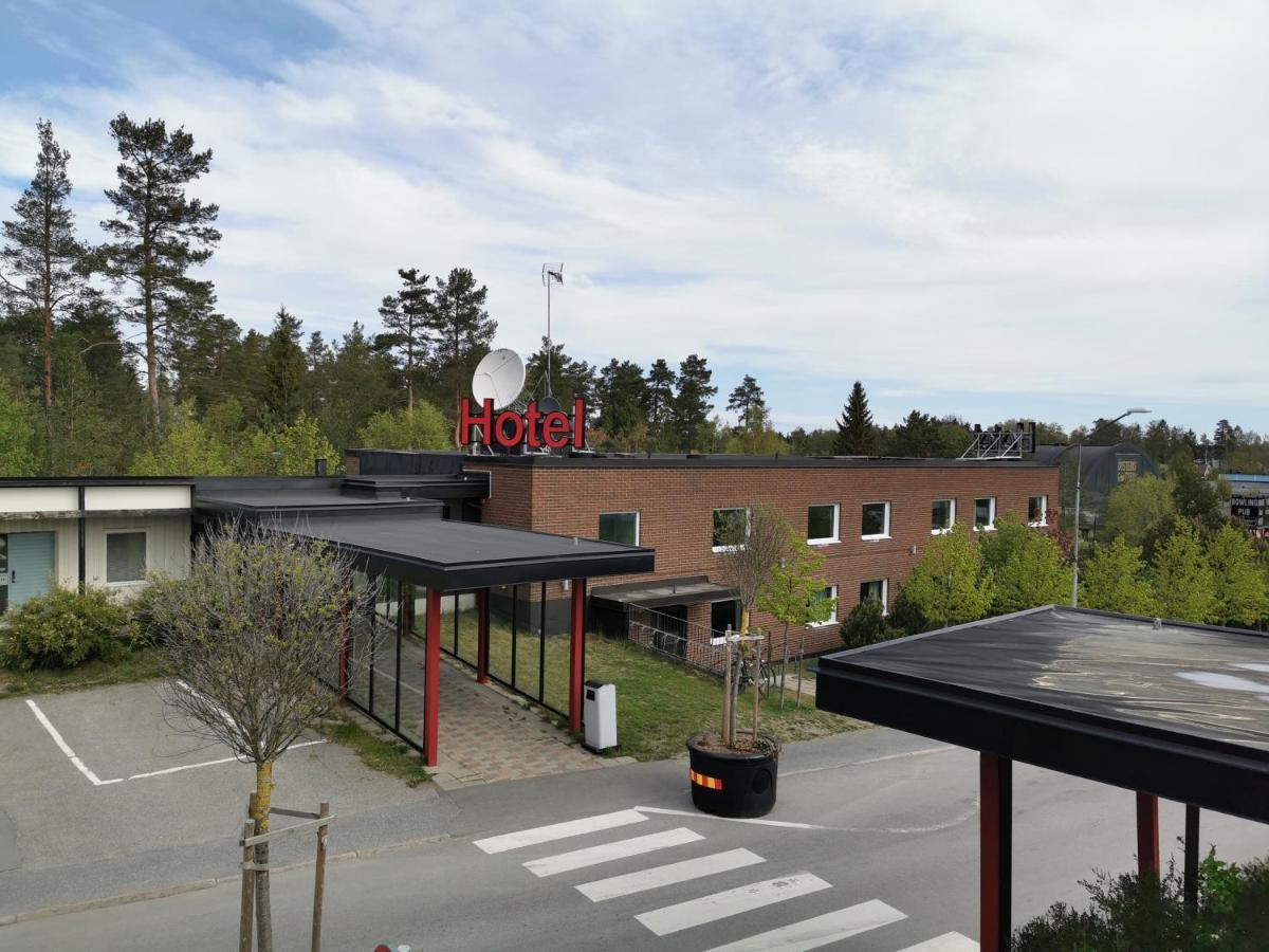 Stop area Centralskolan (Lax) | Lnstrafiken rebro