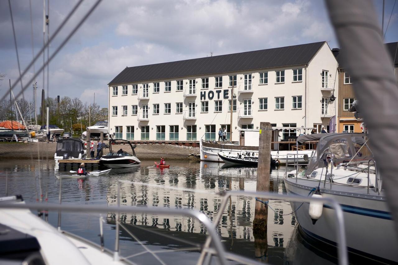 Отель  Отель  BB-Hotel Aarhus Havnehotellet