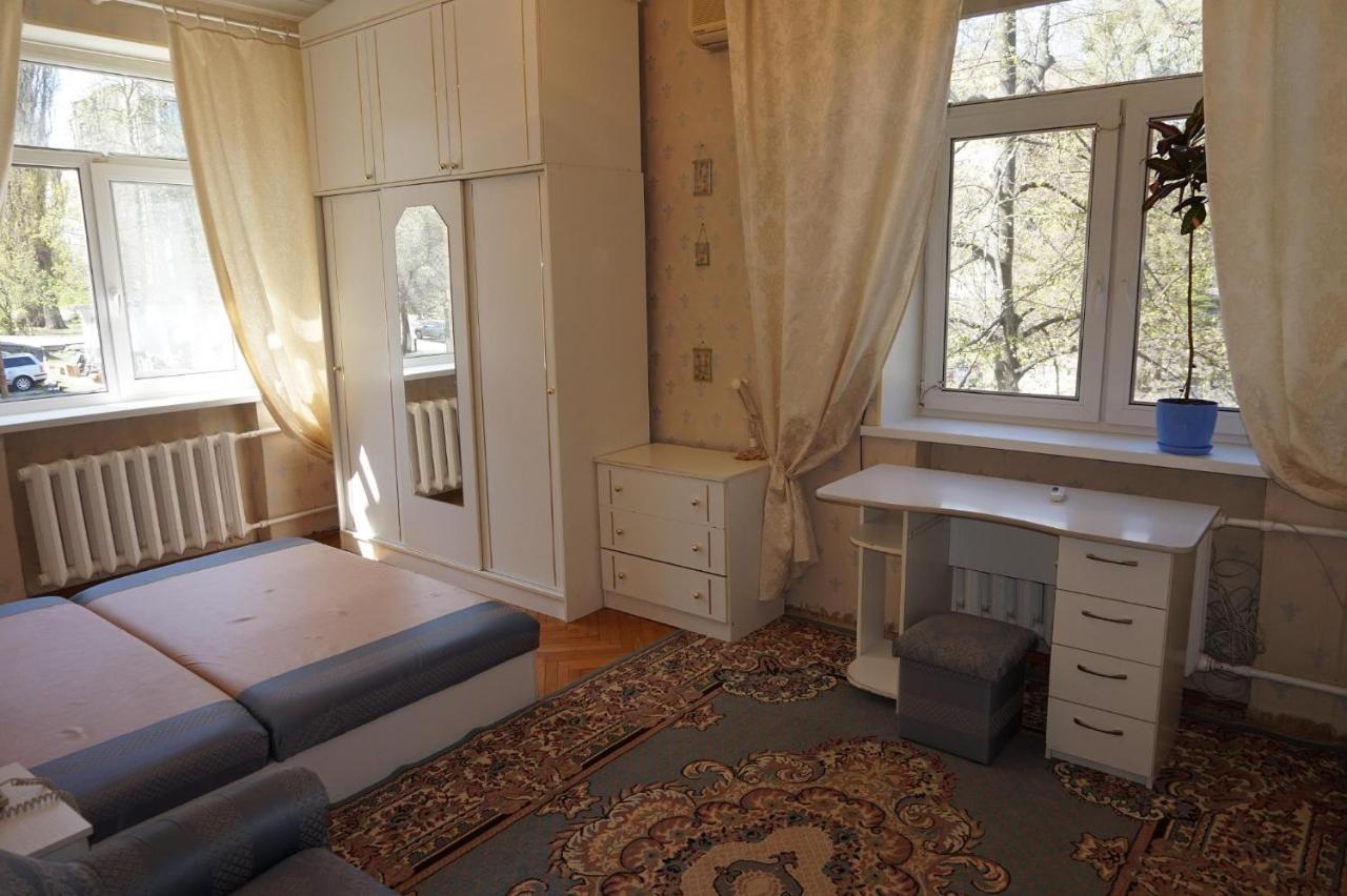 Фото  Апартаменты  пр. Мира, 8Б - Набережные Челны