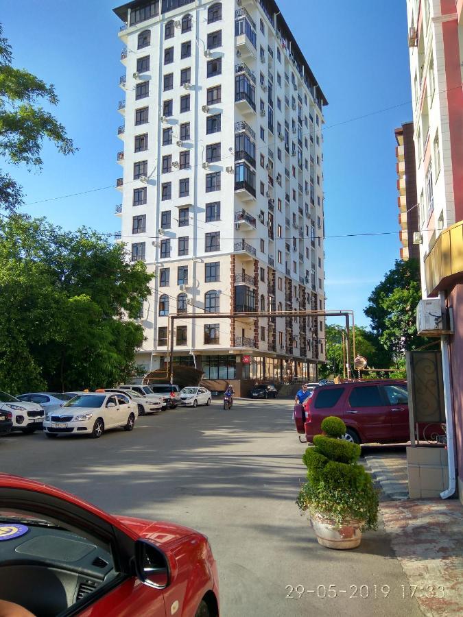 Апартаменты/квартира  Apartment On Poltavskaya 32/14
