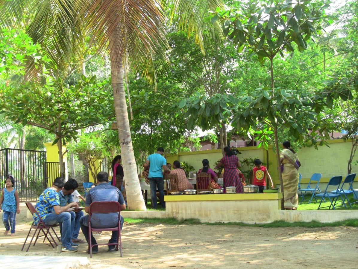 besplatno tamilsko mjesto za upoznavanje chennai izlazi s glock pištoljem