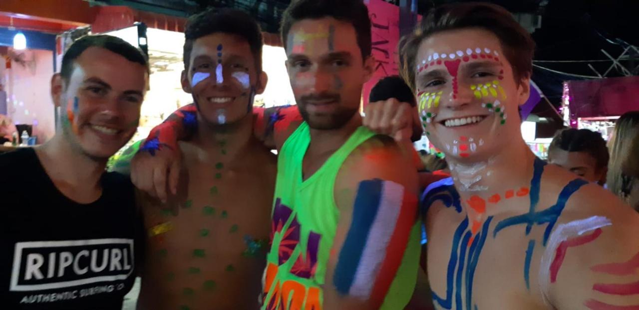 Comment Organiser Un Party D Ado out! an lgbtq hostelwild &, haad rin, thailand - booking