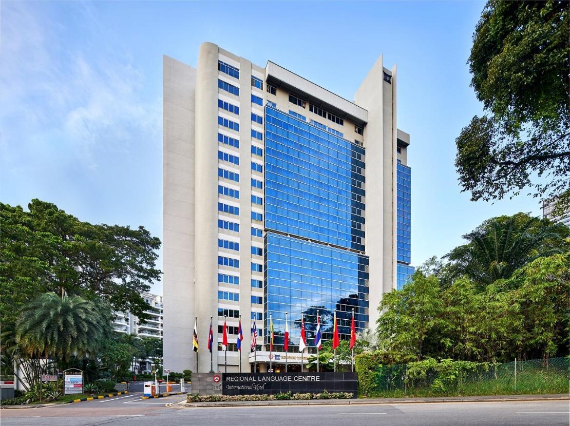 Отель  RELC International Hotel (SG Clean, Staycation Approved)