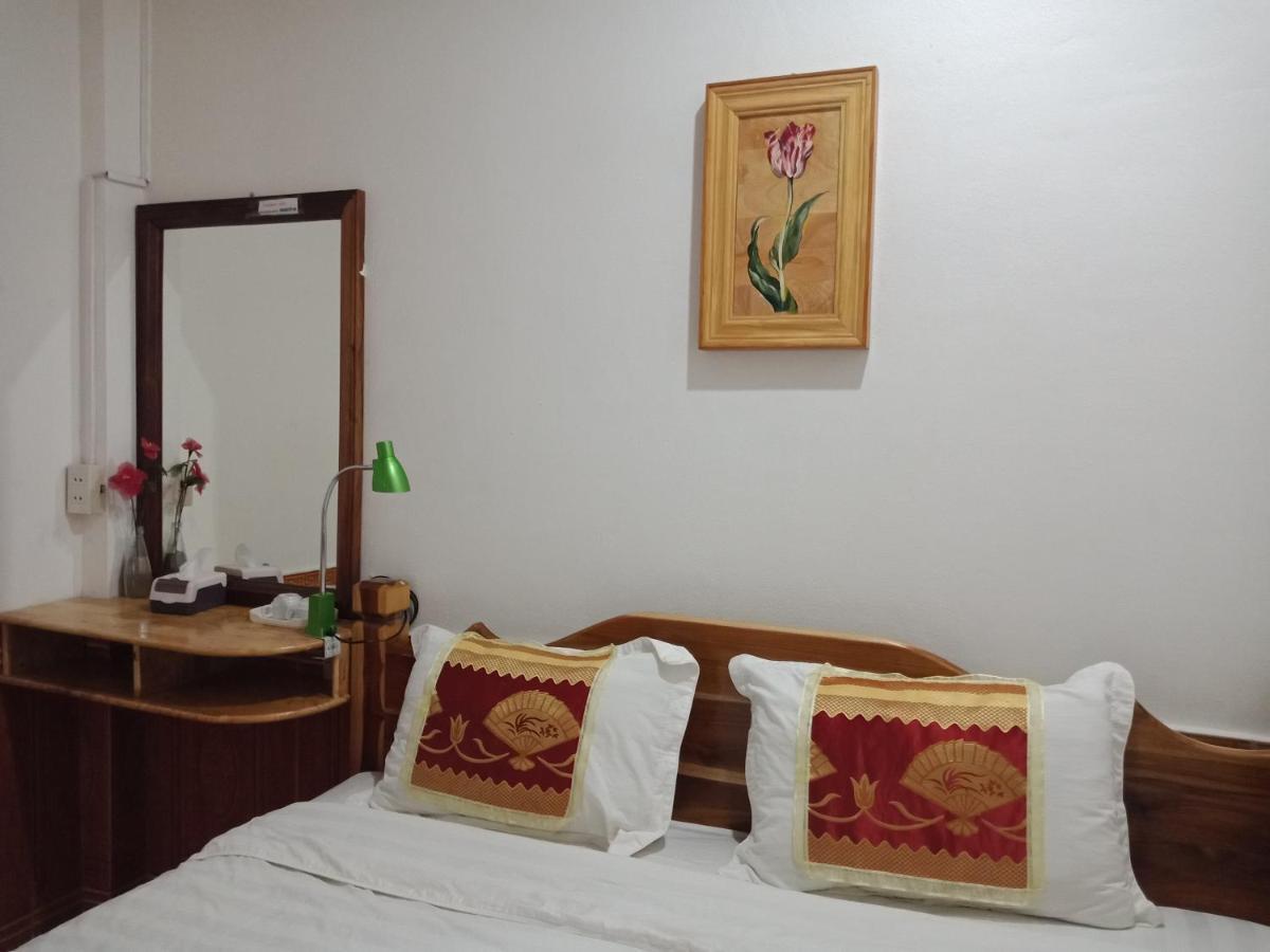 Chitlatda Central Bila House Luang Prabang