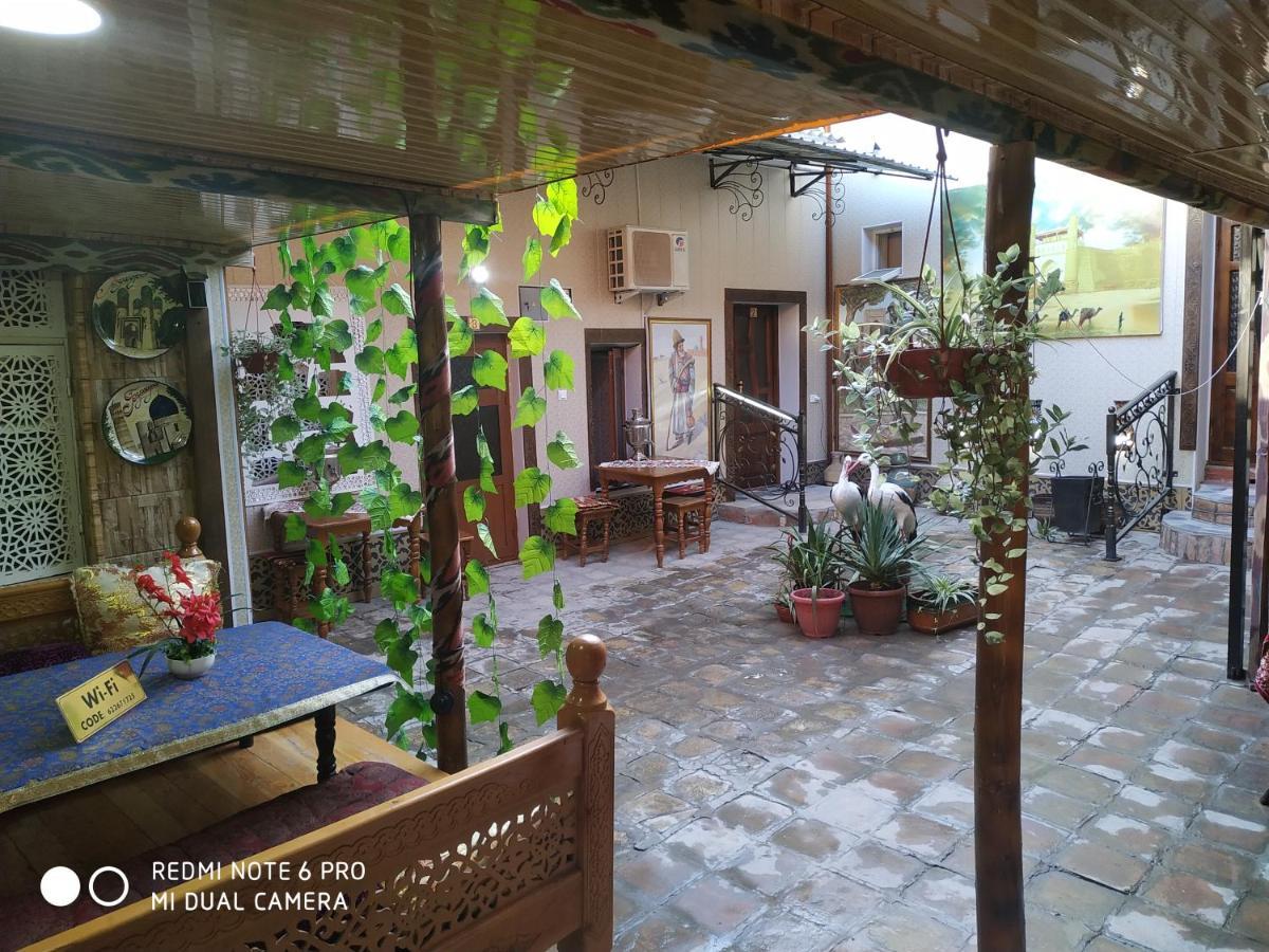 Гостевой дом  Gulnarakhanum Guesthouse