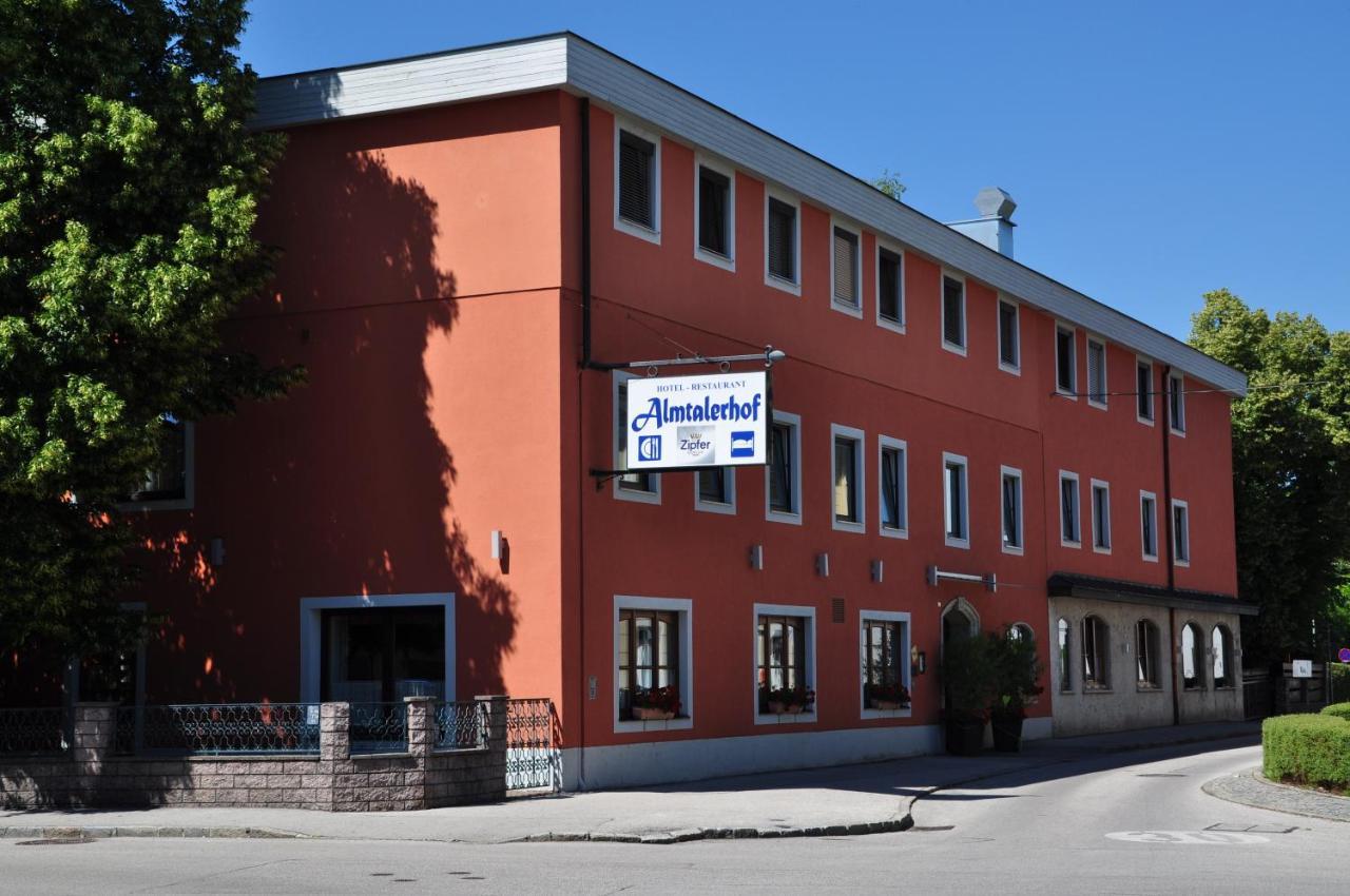 Отель  Hotel Almtalerhof