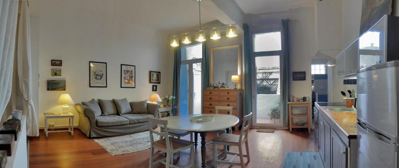 Апартаменты/квартира  8 Quai Aspirant Herber