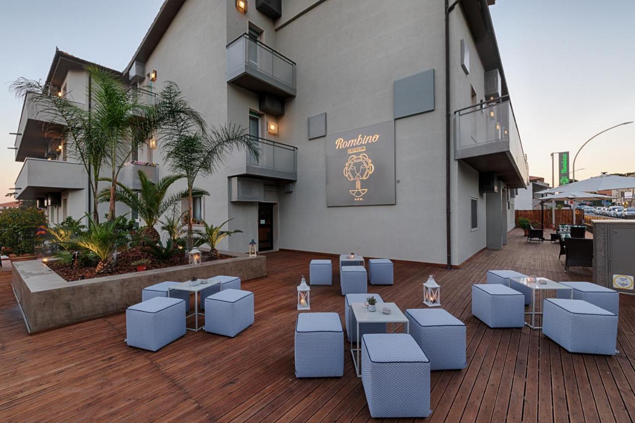 Отель Hotel Rombino