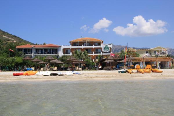 Апарт-отель  Wind Club Provided By Grand Nefeli