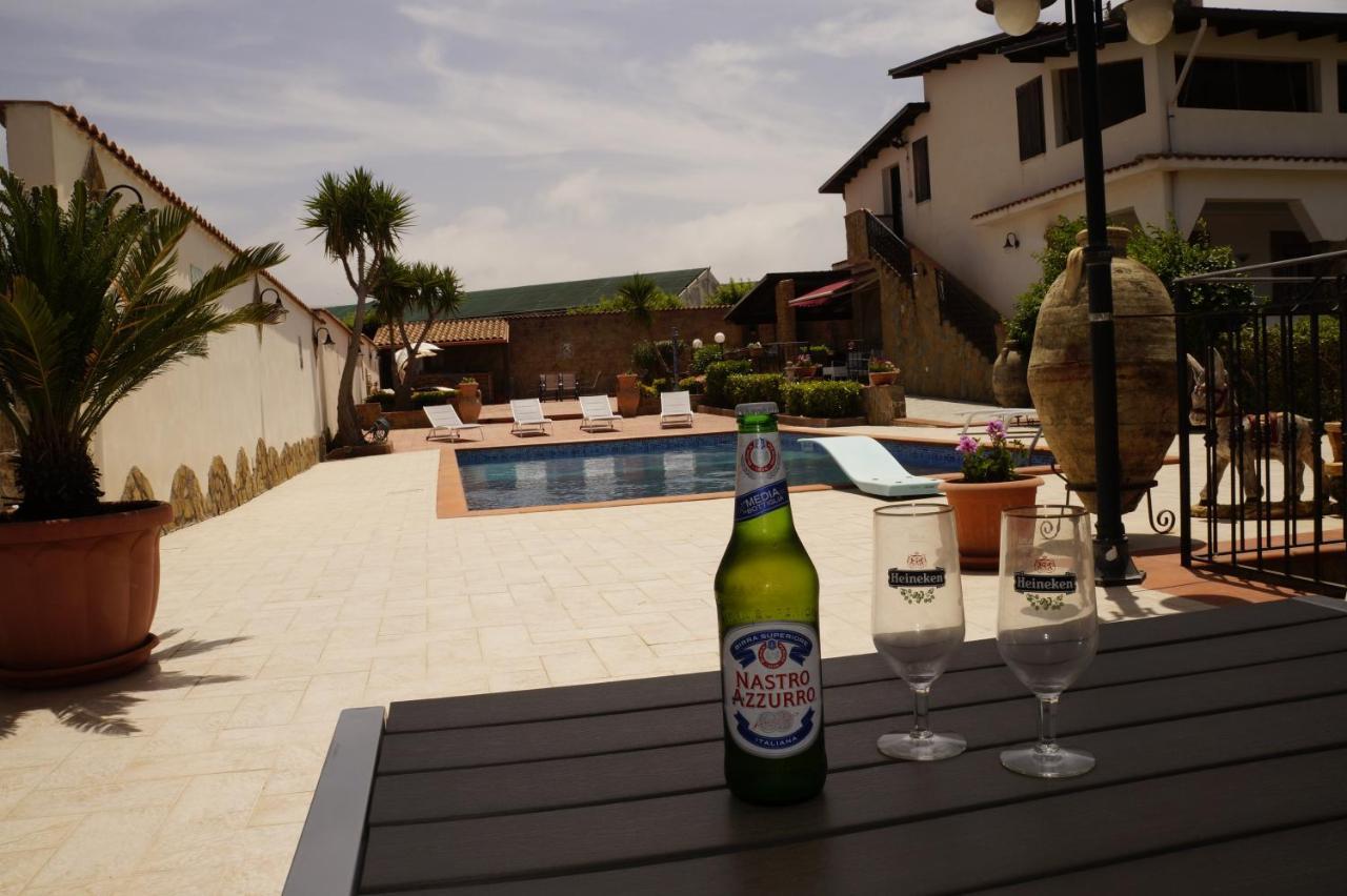 Tavoli E Sedie Heineken.Casa Vacanze Belvedere Partinico Italy Booking Com