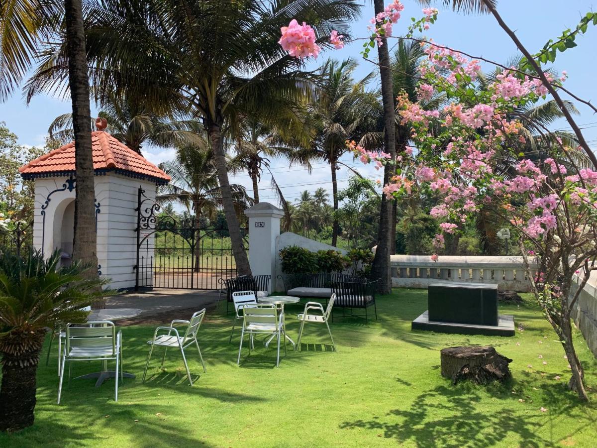 Апартаменты/квартиры  Chalet Saffron Goa