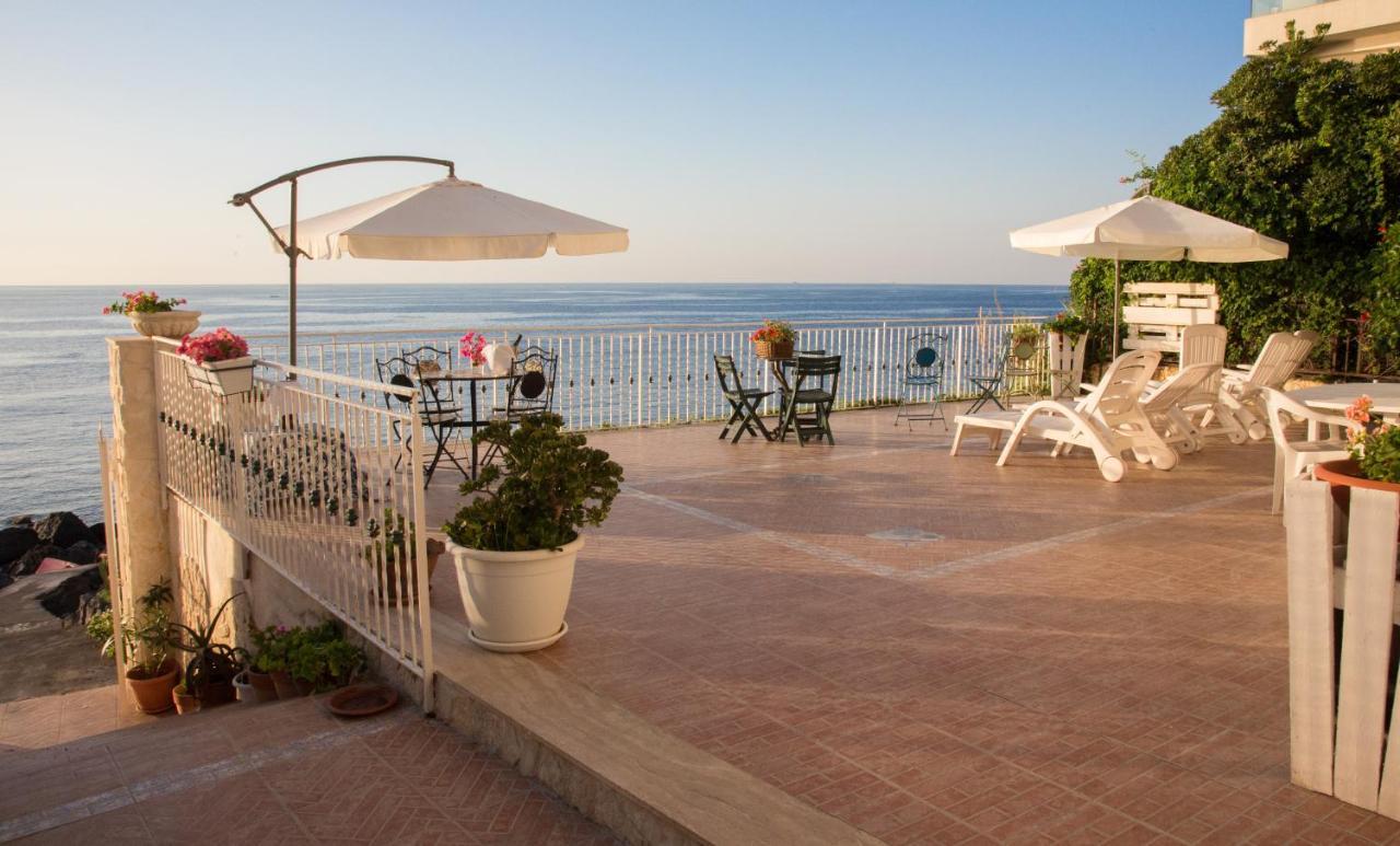 Appartamento In Villa Agnese Acitrezza Italy Booking Com