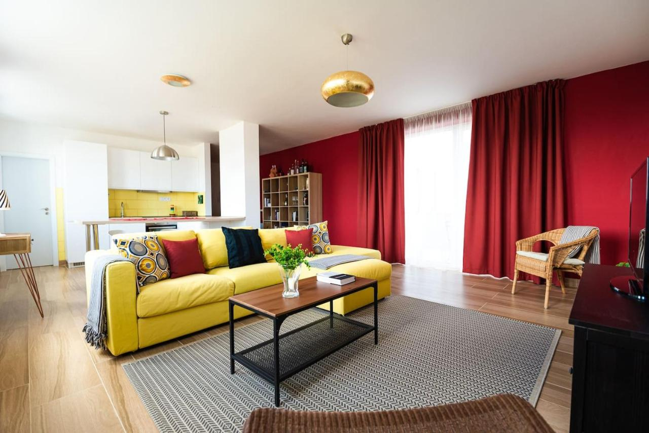 3 Room Flat apartment private 5 star - stylish - 3 room, nitra, slovakia