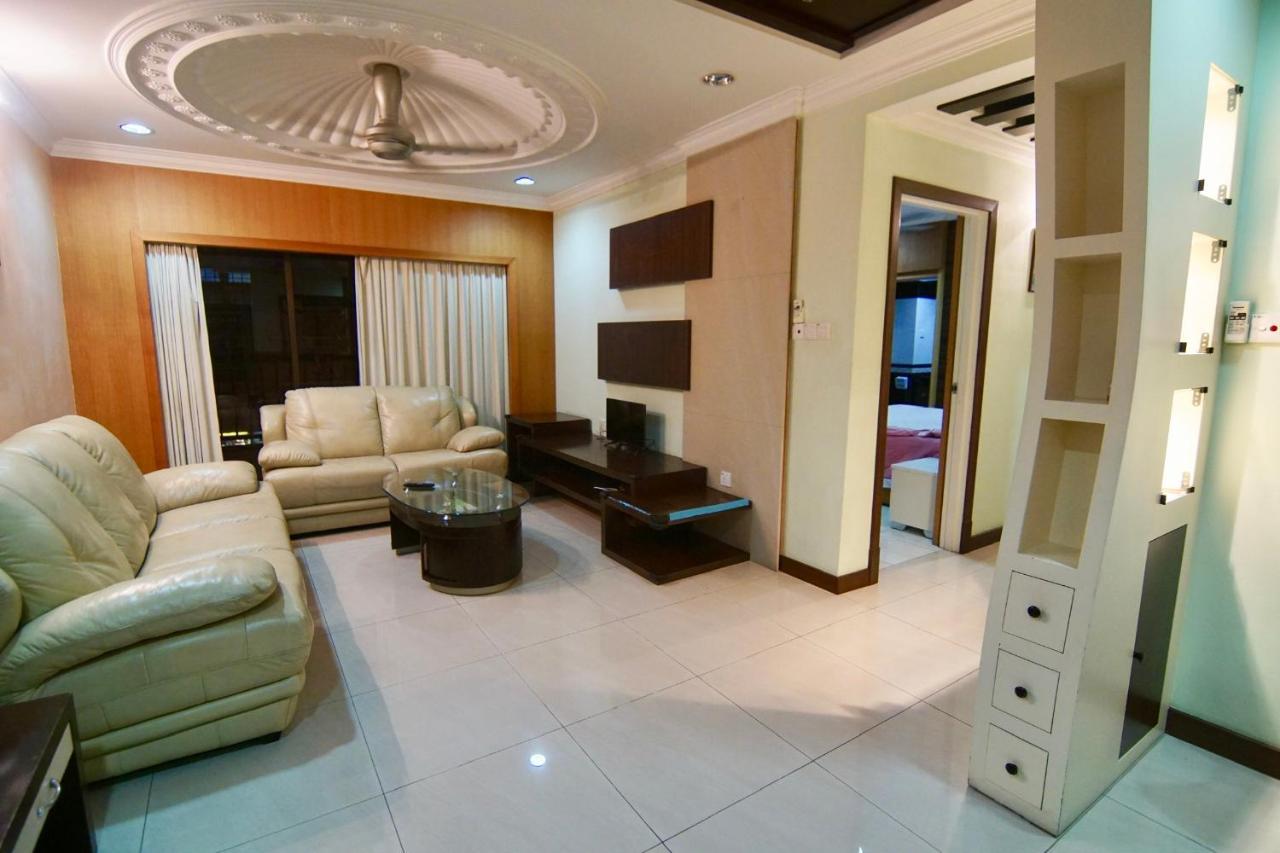 Апартаменты/квартира  Modern Luxury Marina Court Homestay