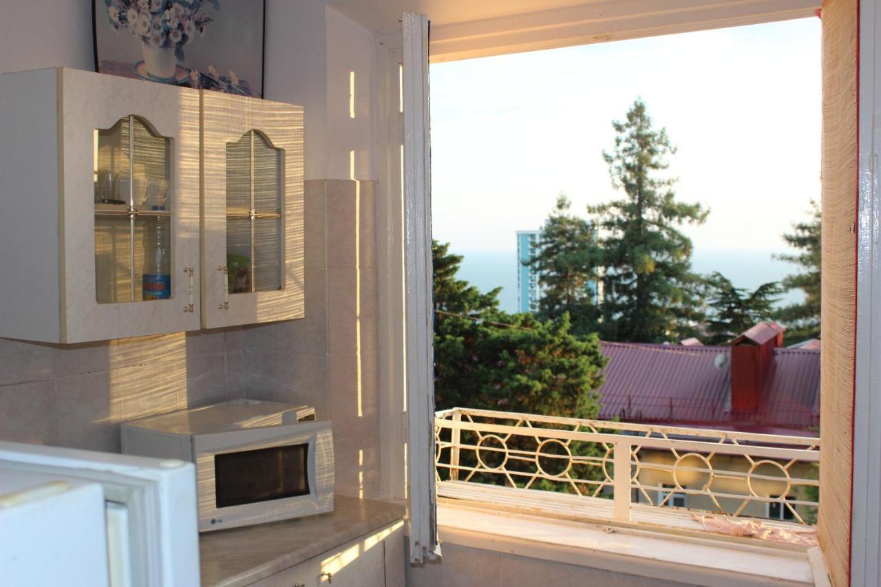Фото  Апартаменты  Солнечная ,с видом на море!