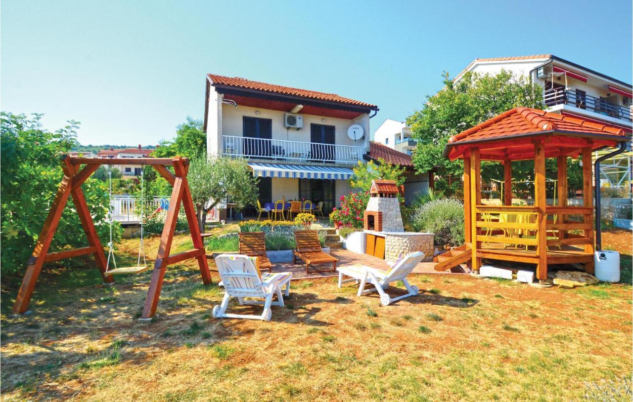 Дом для отпуска  Holiday Home Medulinska V
