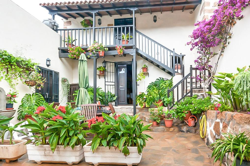 Лодж  Casa Rural La Fuente