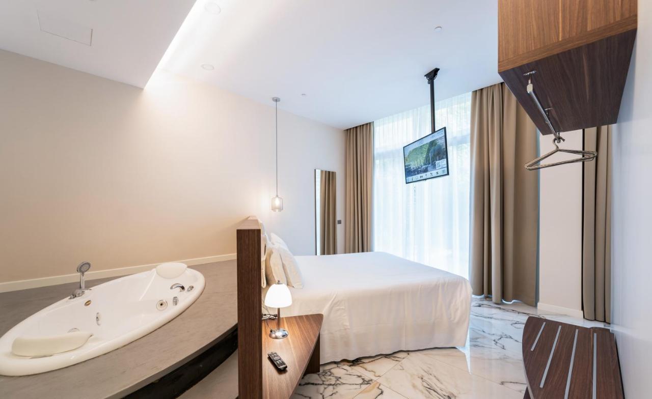 Отель  Hotel Milano Castello
