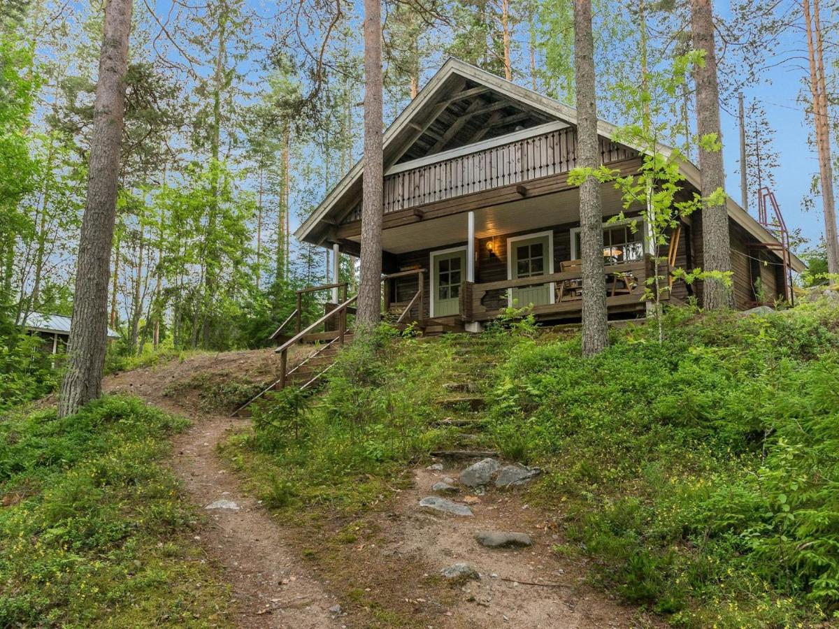 Дом для отпуска  Holiday Home Keskimökki