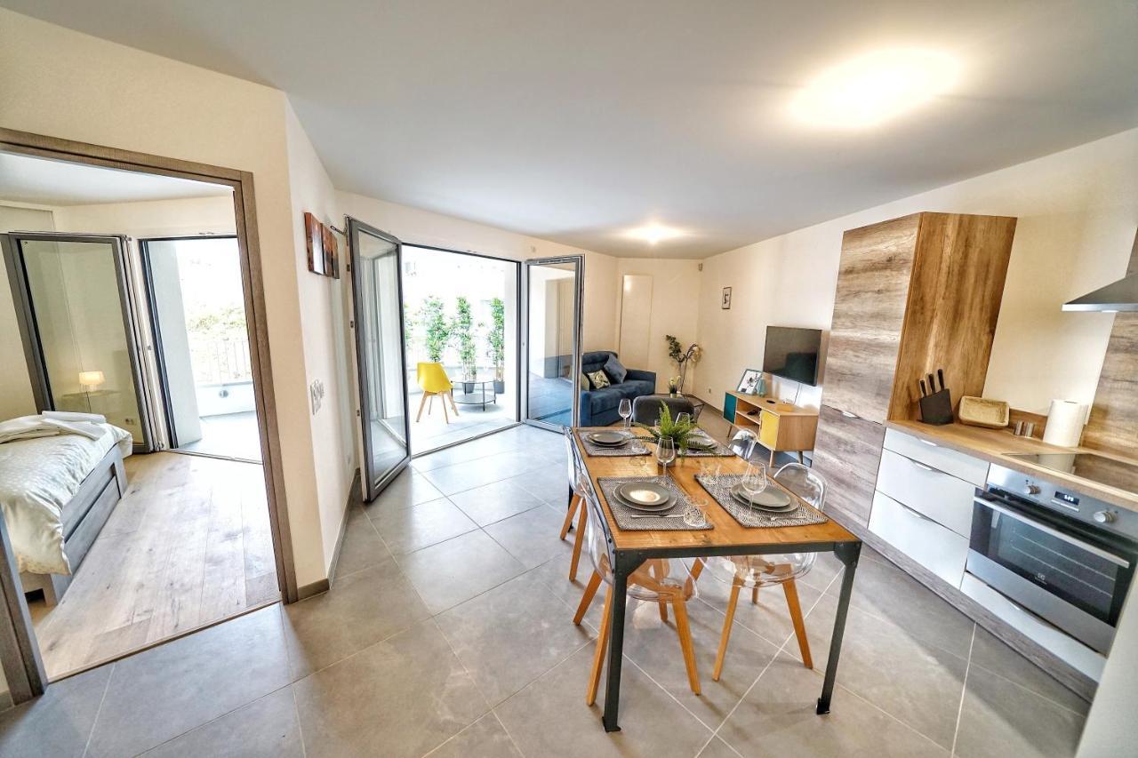 Apartment Le Cocon Tresum Au Pied Du Lac Et Annecy France