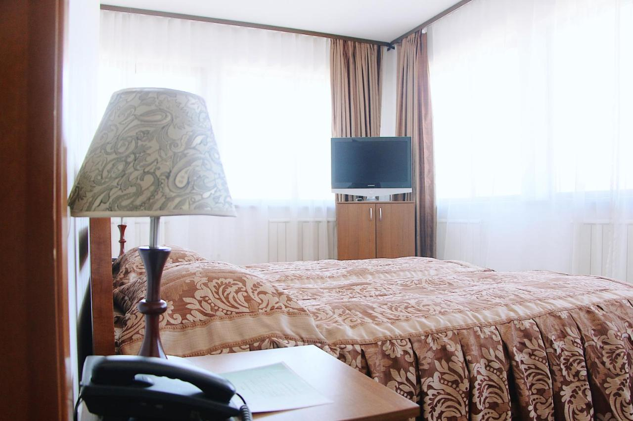 Фото  Отель  Krona Hotel
