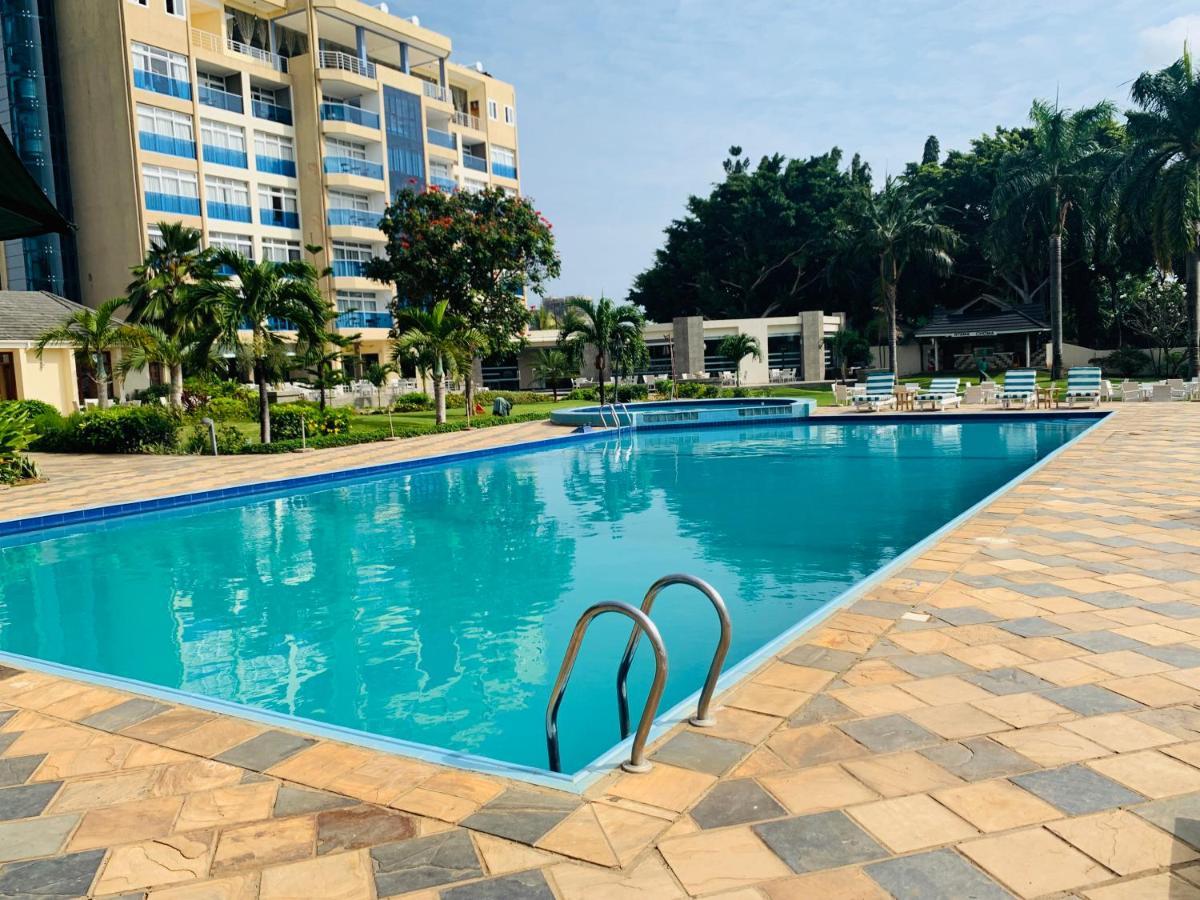 Отель  Tanga Beach Resort & Spa