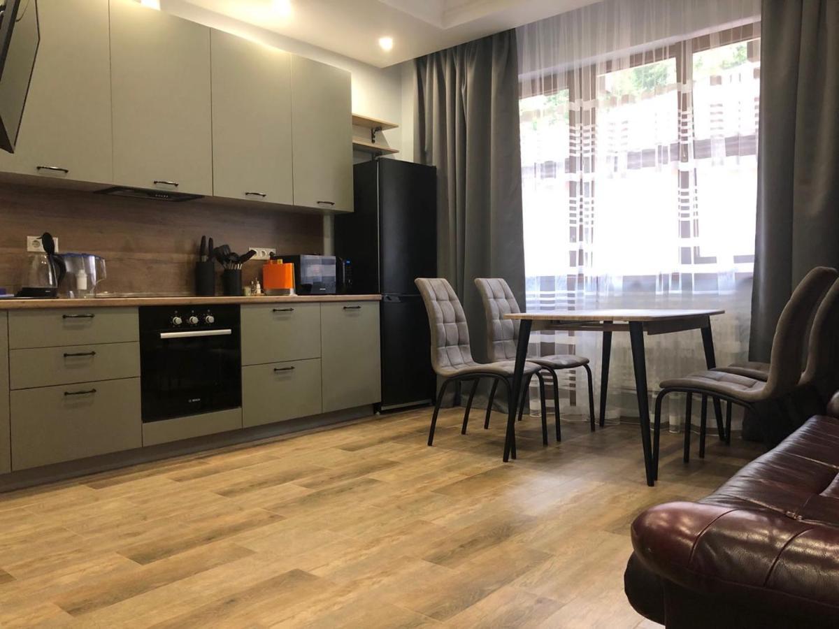 Апартаменты  Apartment On Estonskaya 88