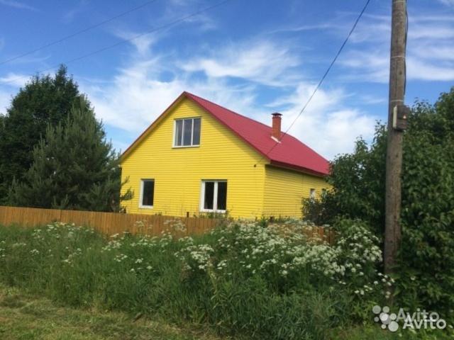 Дом для отпуска  Желтый Дом в деревне