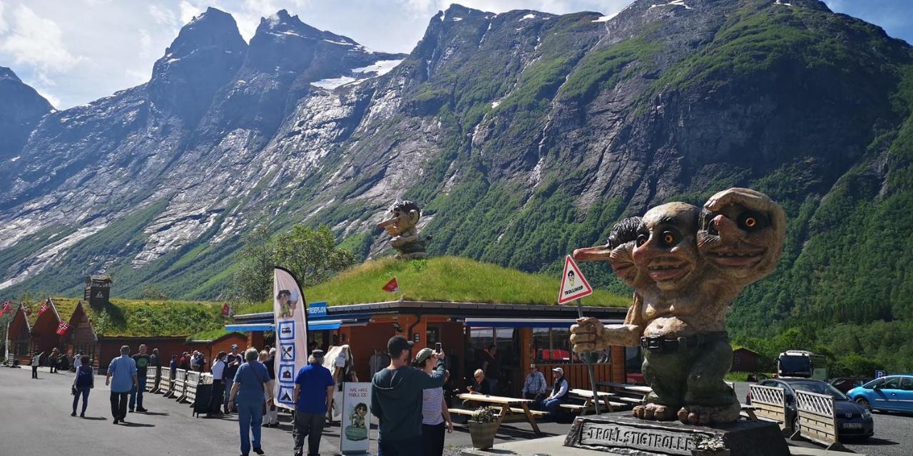 Trollstigen Camping And Gjestegard Andalsnes Opdaterede Priser