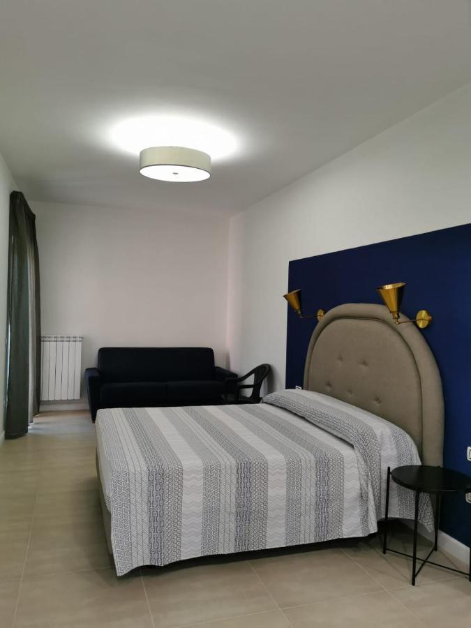 Фото  Гостевой дом  Albireo Suites Luxury