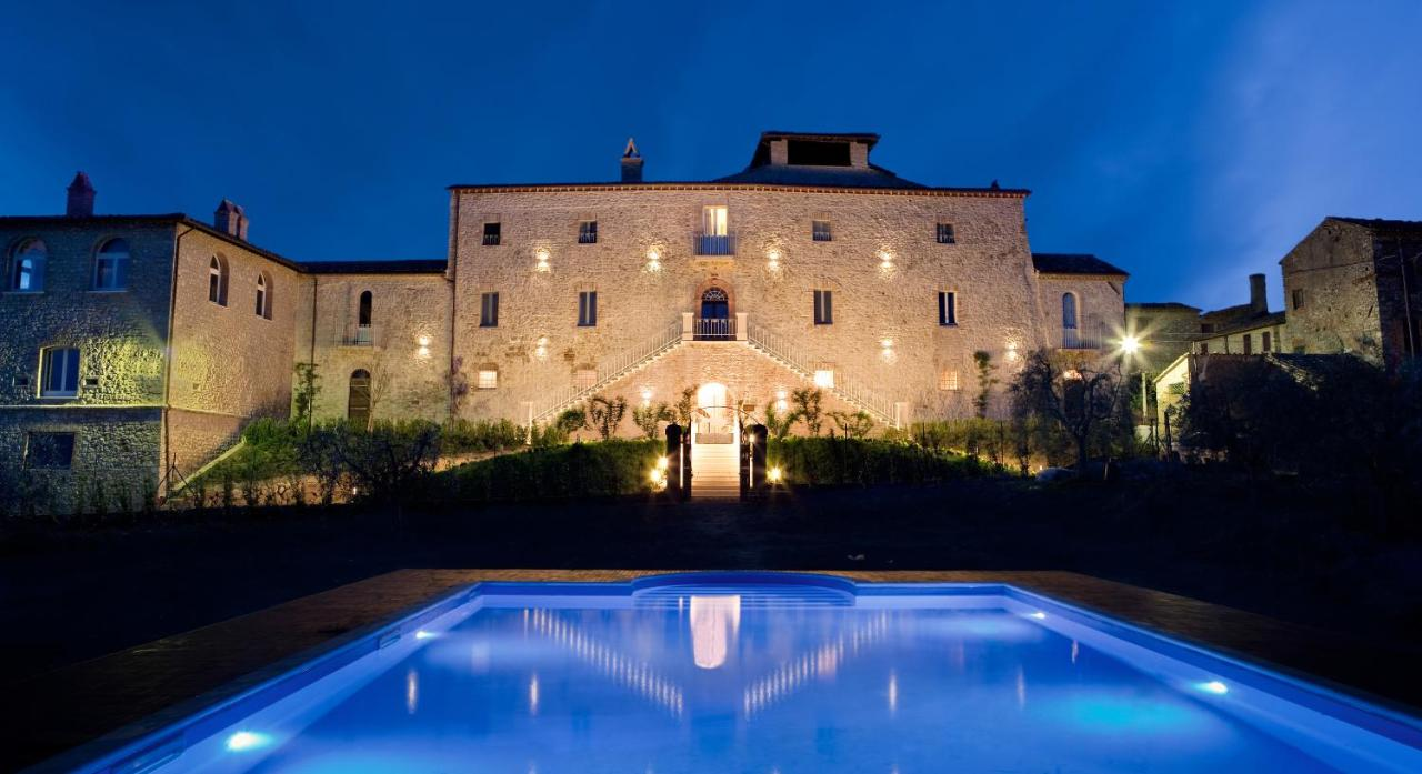 Курортный отель  Castello Di Montignano Relais & Spa