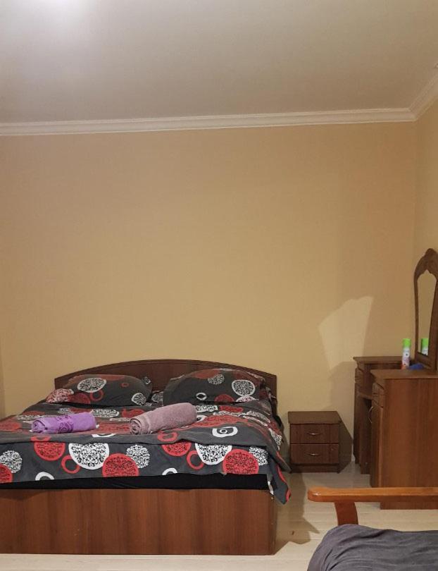 Апартаменты/квартира  Сдается квартира посуточно в центре Рустави
