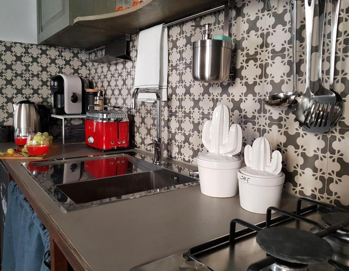 Unico Ambiente Cucina Soggiorno vacation home acquarello, syracuse, italy - booking