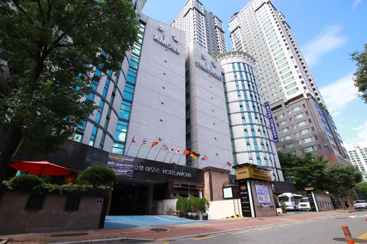 Отель  Amour Hotel