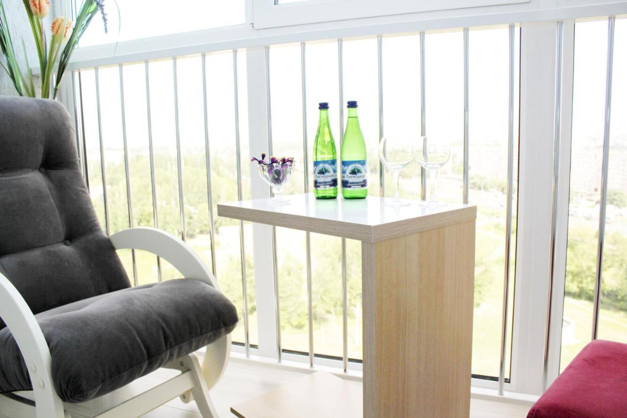 Апартаменты  Apartment On Bekhteeva 9