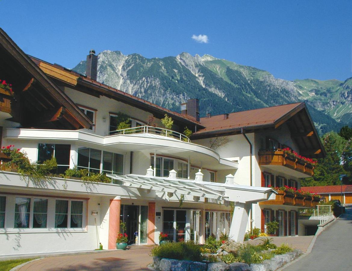 Отель  Ringhotel Nebelhornblick