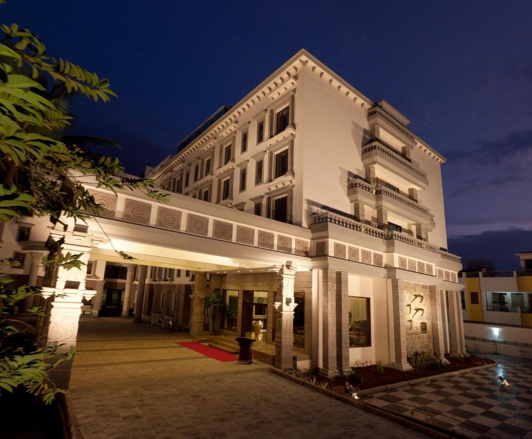 Отель  Отель  JC Residency Madurai