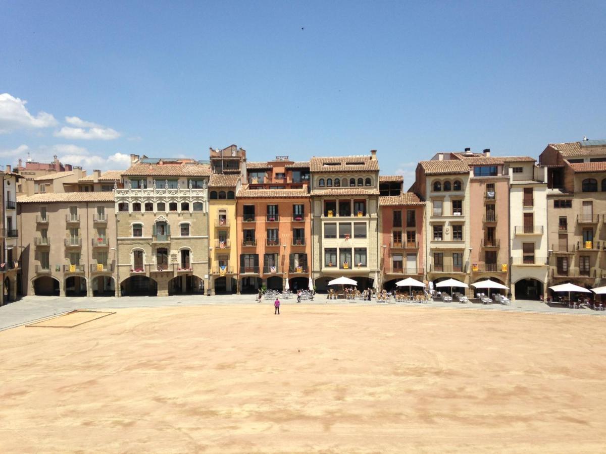 Апартаменты/квартира  Apartaments Vicus 2 Con Vistas A La Plaza Mayor De Vic