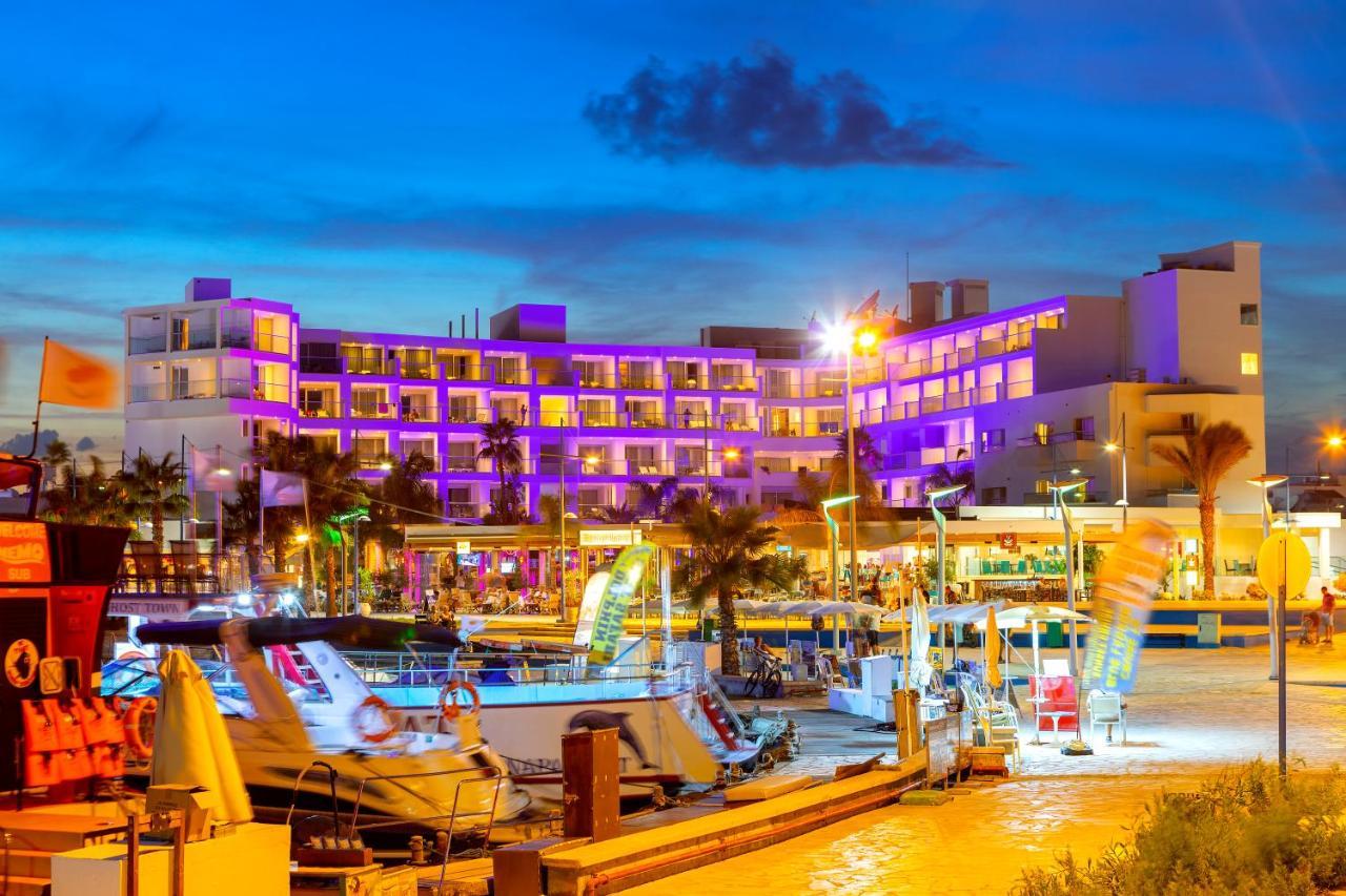 Отель  Limanaki Beach Hotel & Suites