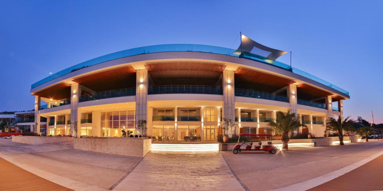 Отель  Hotel White Lagoon - All Inclusive