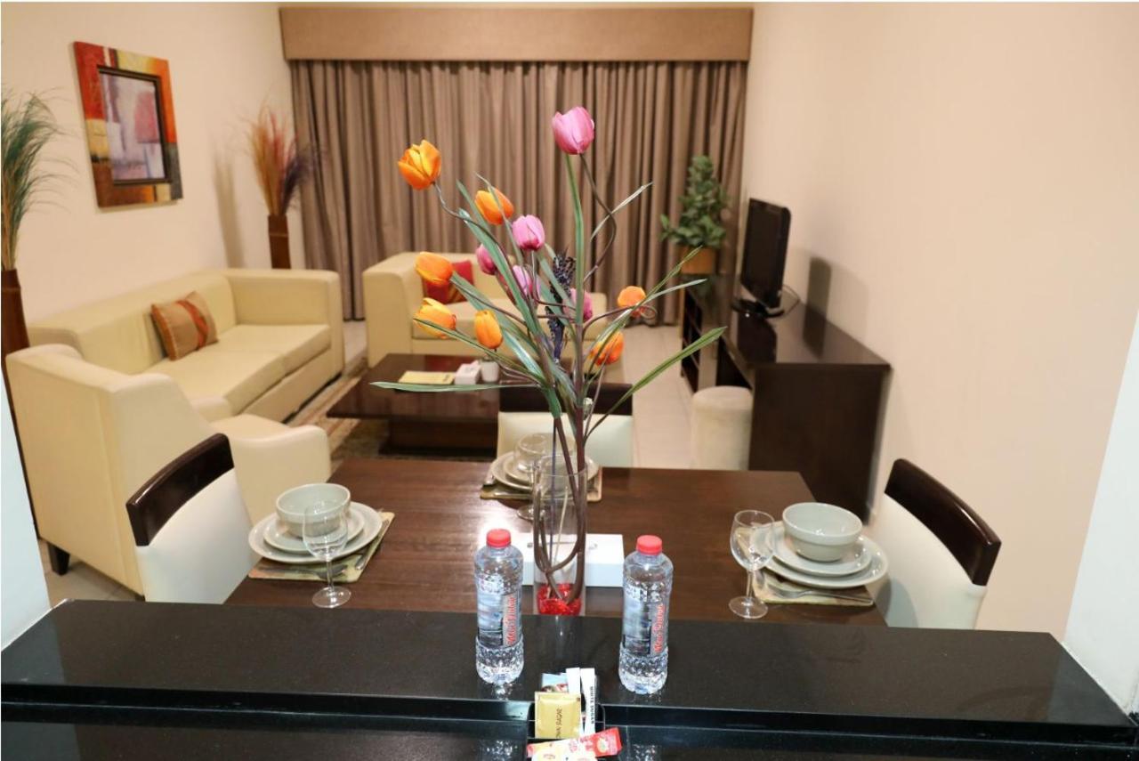 Апарт-отель  Parkside Hotel Apartment