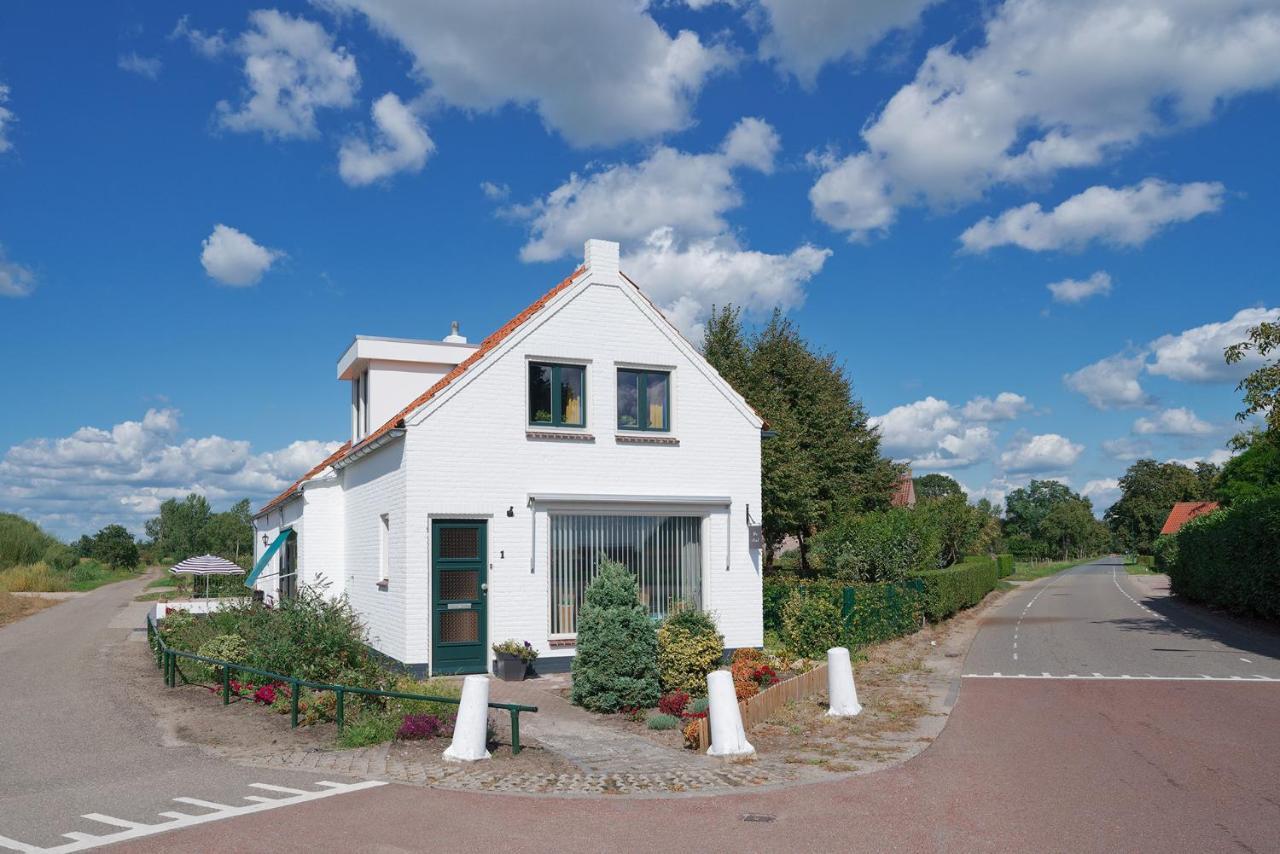 Guest Houses In Alphen Noord-brabant