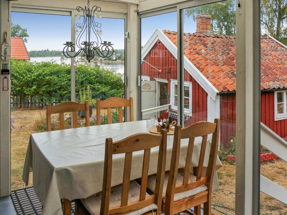 Mysig sommarstuga med havsutsikt ver Kalmarsund - Airbnb