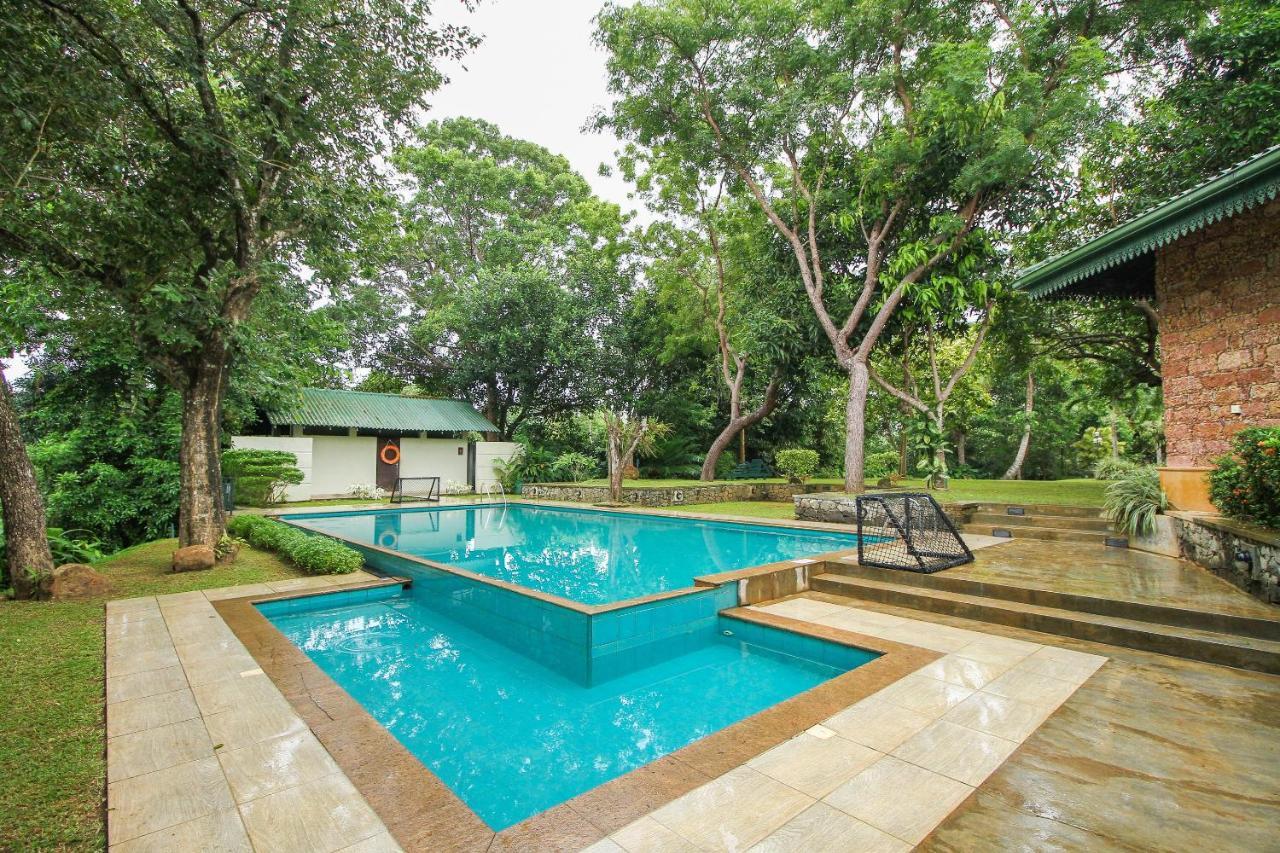 Отель  OYO 396 Lotus Paradise Nature Resort