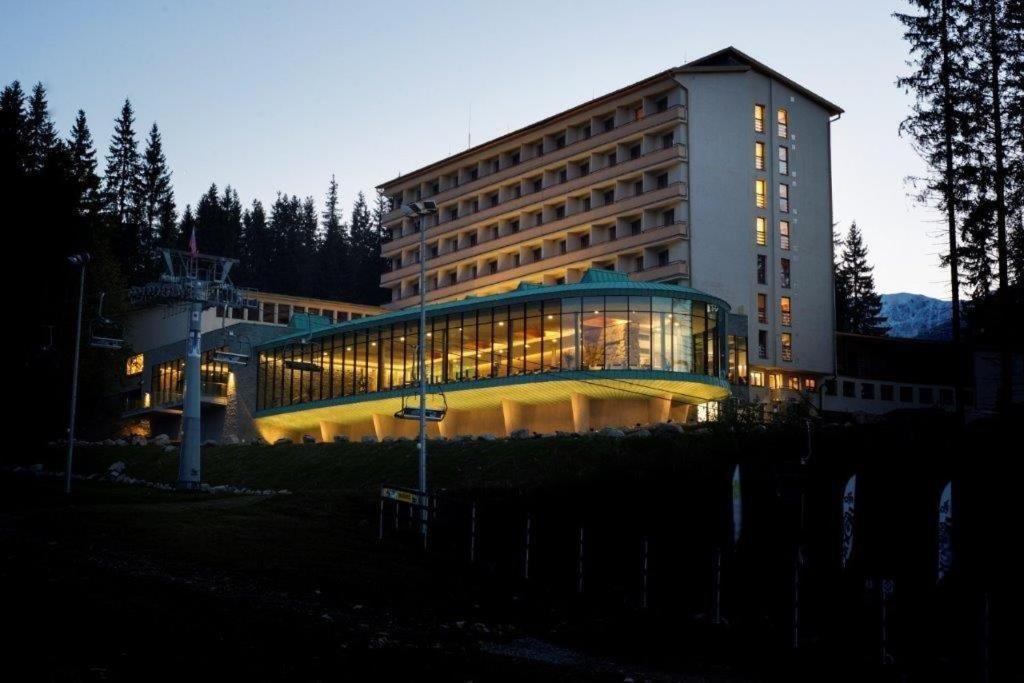 Отель  Hotel SOREA SNP